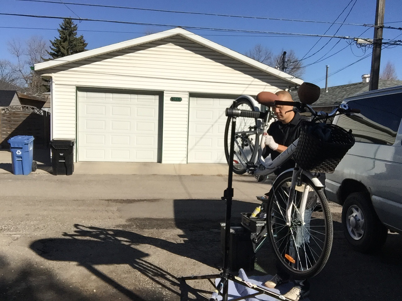 Bicycle repair hub calgary 39 s trusted mobile bicycle for Motorized bicycle repair shop